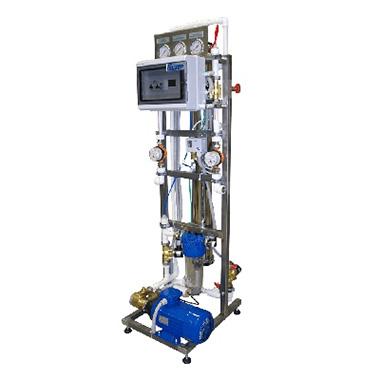 Промышленная обратноосмотическая установка компании «Гейзер» RO1–4040